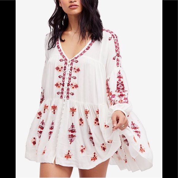 Free People Dresses & Skirts - Free People Arianna Tunic in ivory